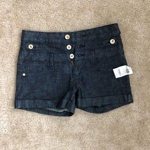 NWT Charlotte Russe Refuge Shorts Sz 4